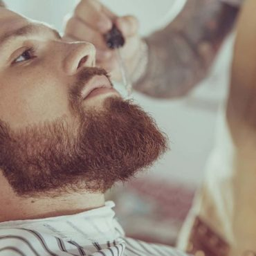 How to Maintain Your Beard by Grooming and Diet